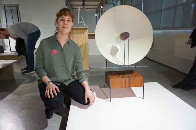 Sanne Gelissen bij haar afstudeerproject Sound Scene